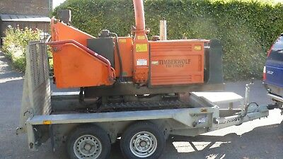 Timberwolf chipper TW190TR and trailer