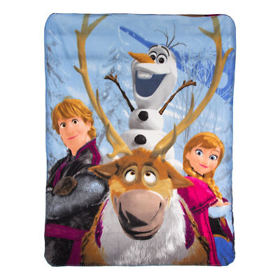 """Disney Frozen """"Out In The Cold"""" Soft Fleece Throw Blanket, 46 x 60-inches"""