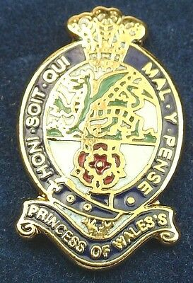 PWRR Princess of wales Royal Regiment Gold Plated lapel Badge