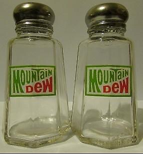 Charming Set Mountain Dew Salt & Pepper Shakers