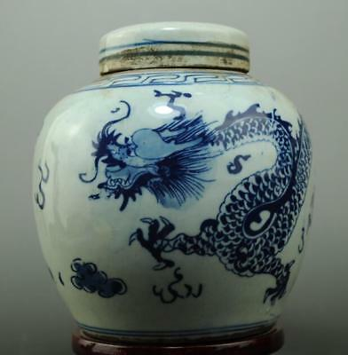 Old chinese Blue and White porcelain dragon pattern pot c02