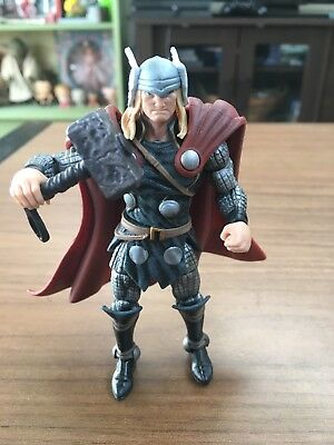 """Marvel Universe 3.75"""" Thor Loose Action Figure"""