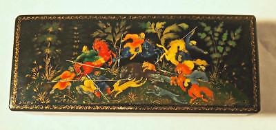 Very Fine Rare Old Hand Painted Russian Papier Mache Box Signed Russian Lacquer