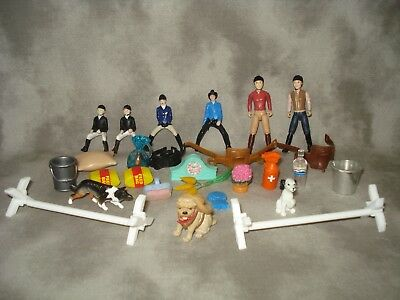 Breyer Stablemate 6 Riders, Dogs, Saddles, Jumps And Misc.