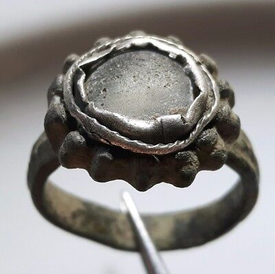 ** White STONE ** ROMAN Silver / BRONZE RING Beautiful