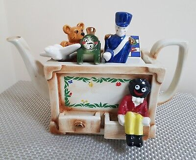 """Paul Cardew .  Collectable """"TOY BOX"""" Tea Pot. Perfect Condition"""
