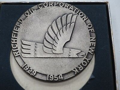 1954 Richfield Oil of NY 25 Year Commemorative Medal/Medallion/Paperweight