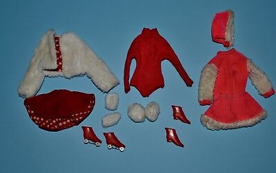 Vintage Barbie - Ice Breaker #942 and Skate Mates #1793 - Mixed Parts Lot, TLC