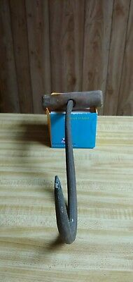 Antique Vintage Cargo Ice Hay Bale Meat Hook Wood Handle Farm Tool
