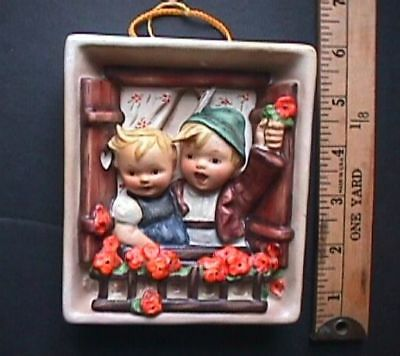 """M. J. Hummel Vacation Time 125 Wall Plaque. Full Bee.TMK - 2. (R) 4"""" by 5"""".  NR"""
