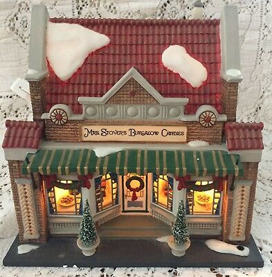 Dept 56 Mrs Stovers Bungalow Candies Lighted  CHristmas Dickens Village