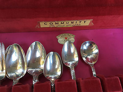 Silverware Vintage 34 Pieces Community-Plate The Finest Silver Plate Flatware
