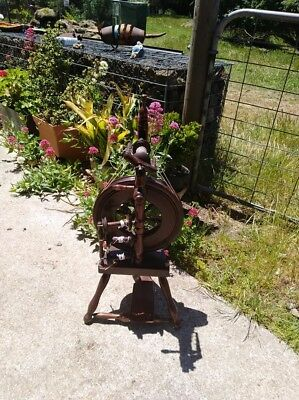 Wee Peggy Spinning Wheel - A John Rappard Upright Wheel
