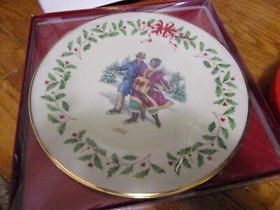 Lenox Annual Limited Edition Christmas Plate 1998