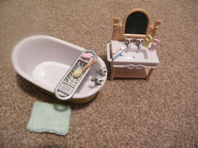 Sylvanian Families Bathroom Furniture Set with Accessories