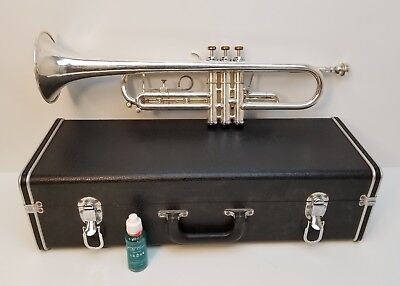 Getzen Capri Silver Plated Trumpet with Case and Vincent Bach 7c Mouthpiece