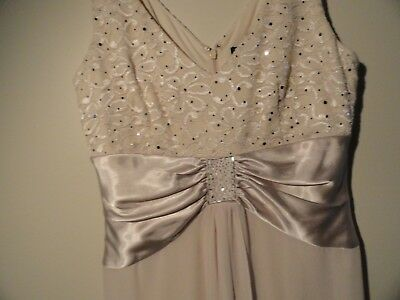 Jessica Howard Formal Gown and Jacket Full Length Cream With Beading Size 8, VGC