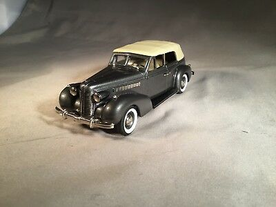 Buick Collection 1938 Buick Special Convertible Phaeton M-40C Model Car