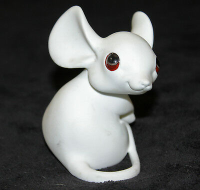 Vintage Lovely Mouse Fine White Bone China Figurine by Freeman McFarlin for GG