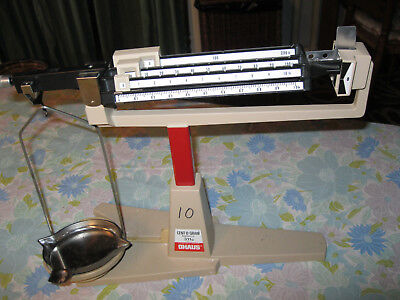 OHAUS Cent-O-gram Balance Scale/Capacity 311 Grams w/ tray and pan