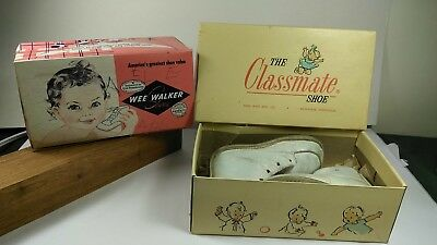 Lot of 2 1950s baby shoes with original boxs... Nice