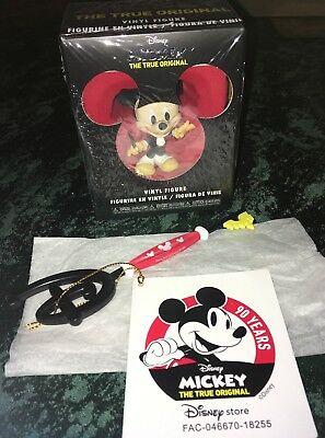 Disney Store 90th Anniversary Of Mickey Mouse Key Limited Edition & Figure Funko