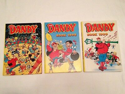 3 Classic DANDY ANNUALS 1997 1998 & 1999 One unclipped very good condition