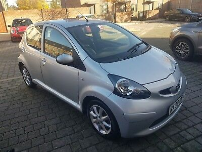 Toyota Aygo 2008 1.0 - 5 Door  Automatic Silver Only 49000 Miles