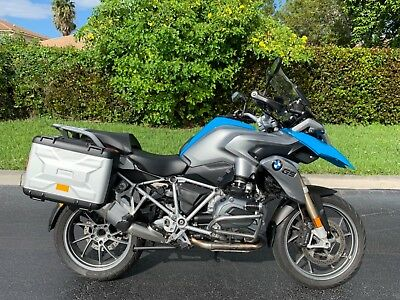 2013 BMW R-Series  2013 BMW R1200GS Adventure Premium New Model