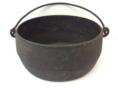 Antique Old Black Cast Iron Metal Oval Shaped Bean Pot Cookware with Handle