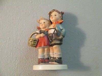 Goebel Hummel Surprize #94 3/0 No Box (Look At Pictures)