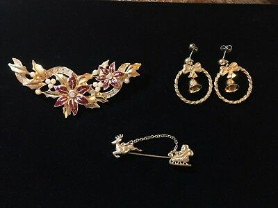 Vintage Holiday Christmas Lot of 3 Avon Pin Brooches Pierced Earrings