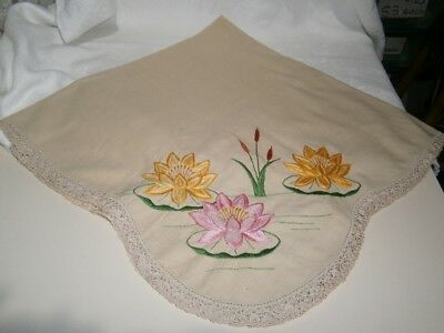 Vintage Linen Supper Cloth With Exquisite Embroidered Waterlilies & Crochet Edge