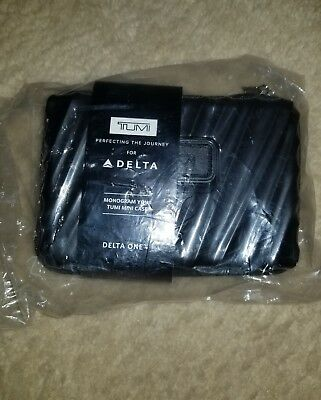 DELTA ONE TUMI Mini Traveling Hard Case Amenity Kit Black NEW