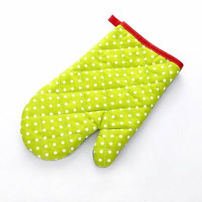 Thickened Insulated Microwave Oven Special Baking Gloves Small Dot Green RF1