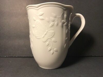 LENOX BUTTERFLY MEADOW CLOUD MUG COFFEE TEA BONE WHITE CHINA Excellent