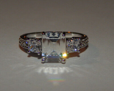 Silver Clear Rhinestone Ring Silver Tone Solitaire Accents Ladies Ring Sz 7