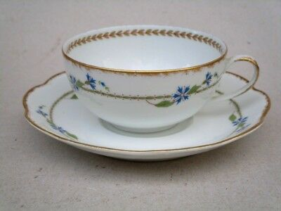 Porcelaine De Limoges  Manufacture  Lanternier Tasse A The Decor Barbeaux