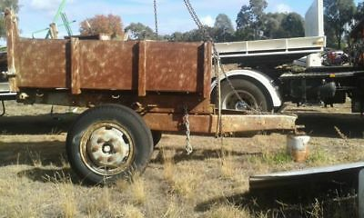 Tipping trailer to suit farm. Shepparton vic.