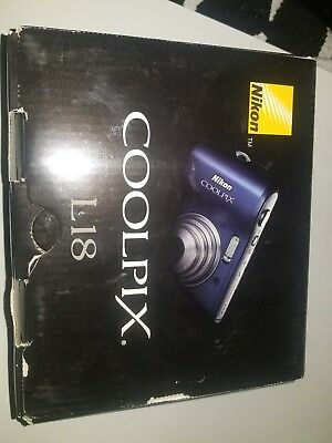 Nikon COOLPIX L18 8.0MP Digital Camera - Blue