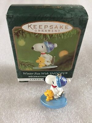 2001 Hallmark Winter Fun With Snoopy Ornament Miniature Keepsake Skating #4 NEW