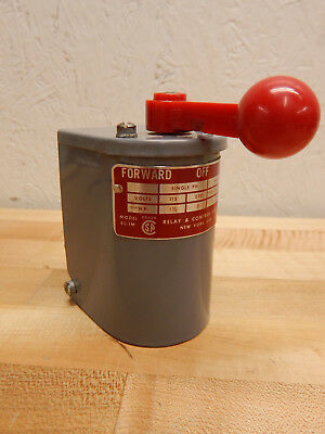 RC Relay and Control Corp. RS-1M Reversing Drum Control Forward-Off-Reverse Used