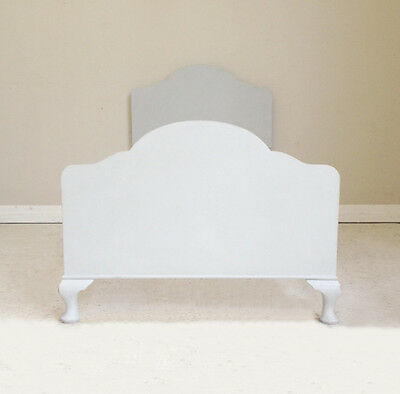 Stylish Vintage Painted Queen Anne Style Single Bed