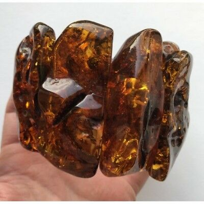 Massive natural shapes amber bracelet