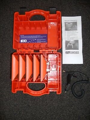 Astucia Hazzard warning lights / Flashers. Recharges in case from 12v Car socket