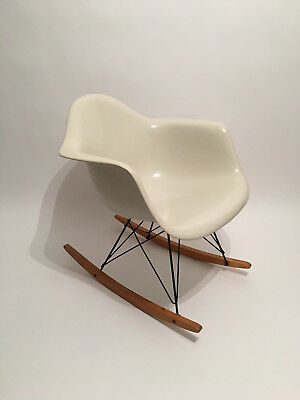 All original Eames Herman Miller Fiberglass Rocking Chair from the 1960ties