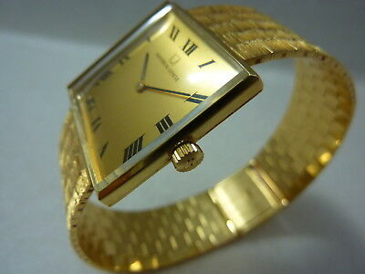 Universal Geneve 14K Solid Gold Watch &  Band Fine Movment Fancy Roman Dial Look