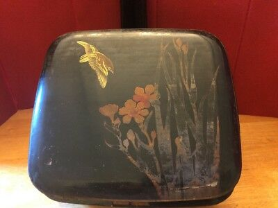 Vintage Oriental Japanese Hand-Painted Bird Flower Lacquer Hinged Wood Box lock