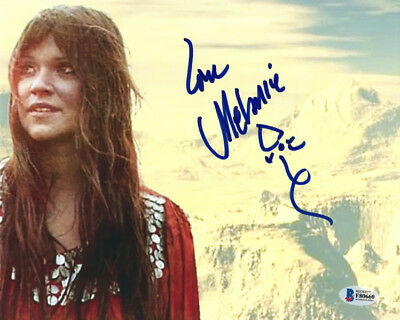 MELANIE SAFKA SIGNED AUTOGRAPHED 8x10 PHOTO 1969 WOODSTOCK RARE BECKETT BAS
