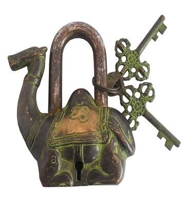 VINTAGE CAMEL SHAPE LOCK FUNCTIONAL ANTIQUE BRASS PAD LOCK WITH TWO KEYS replica